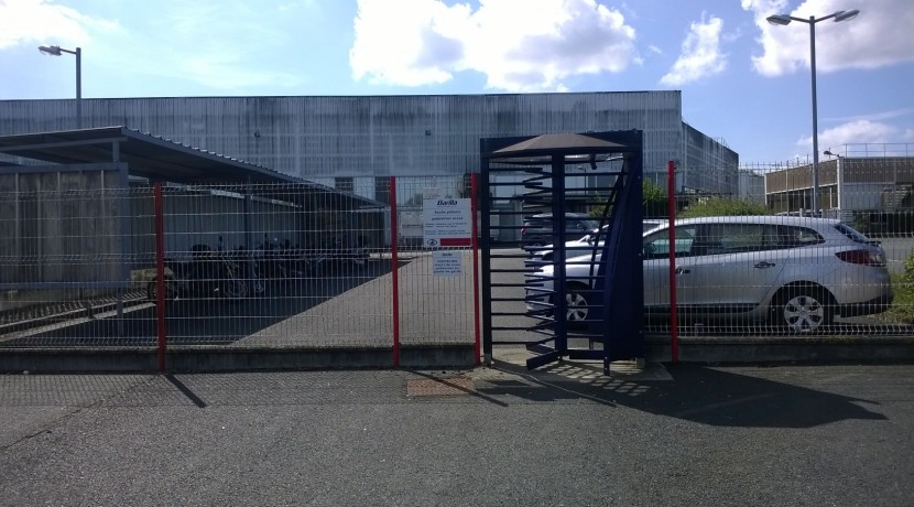 Entrepôt logistique / Usine agroalimentaire produits secs 25 000 m² divisibles - Centre -  Bourges - Tours - Poitiers - Blois