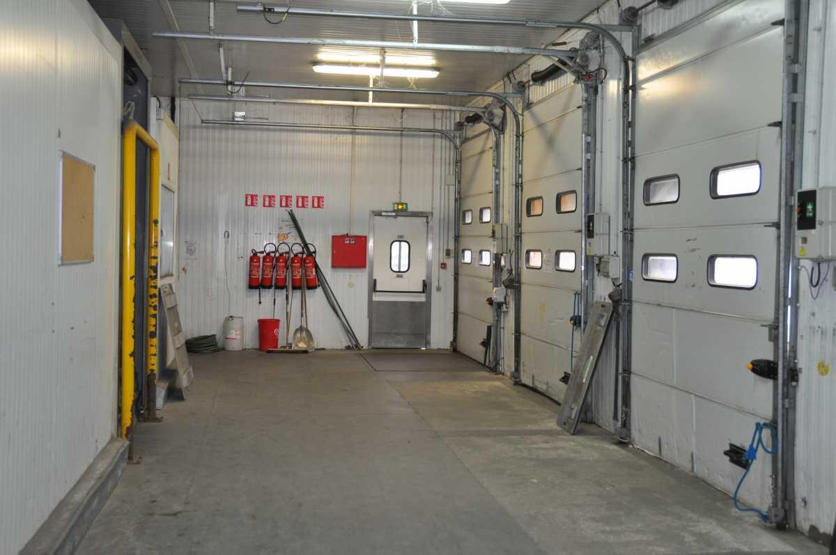 Entrepôt logistique sous température dirigée 2 600 m² – Ile-de-France –  Sud-Ouest – Paris – Versailles – Capacité entreposage frigorifique 5 500 m³
