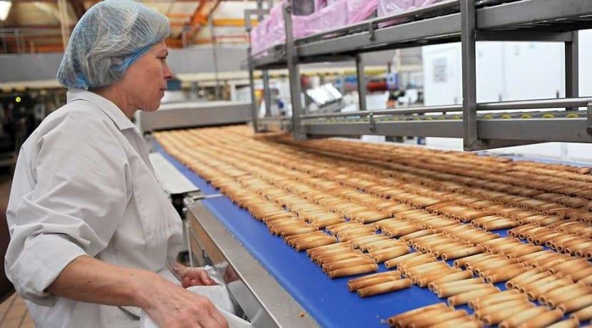 Ferrero Delacre Biscuiterie Agroalimentaire Acquisition Fusion